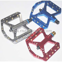 China Big Platform CNC Bicycle Pedal B035 Sealed Bearing Mountain Bike Alloy Pedal Anodized with Customer's Logo supplier