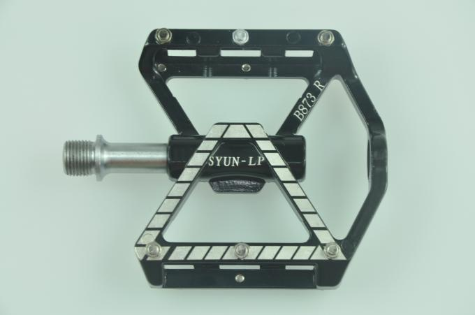 CNC Big Platform Pedal of Bicycle 3 sealed bearings with replaeable grip pins Shimano Saint