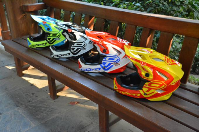 Lightweight MTB Bicycle Mountain Bike Full Face Adult Downhill Helmet